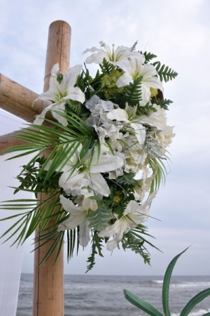 Big-Day-Weddings-White-Arbor-Flowers