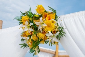 Big-Day-Weddings-Yellow-Arbor-Flowers
