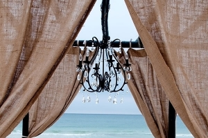 Big-Day-Weddings-Burlap-and-Iron-Package-4