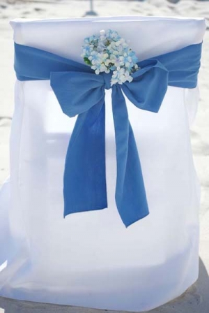 Periwinkle with Blue Hydrangea