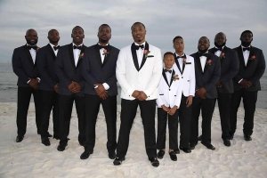 Beach Wedding Groomsmen Photo SP
