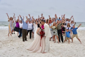 Big-Day-Weddings-Beach-Couple-Kiss-Fun