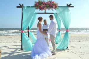 Big-Day-Weddings-Something-Blue-Turquoise-and-Light-Pink