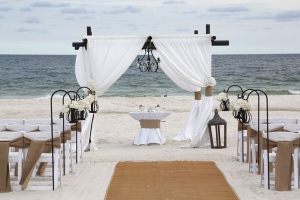 Big-Day-Weddings-Vintage-Beach-Wedding-Burlap-2