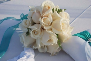 Beach Wedding Cream Rose Bouquet Big Day Weddings