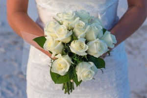 Beach Wedding White Rose Bouquet Big Day Weddings