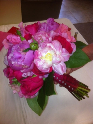 Beach Wedding Bright Pink Bouquet Big Day Weddings