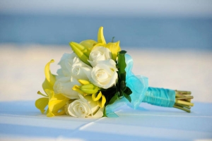 Beach Wedding Yellow and White Bouquet Big Day Weddings