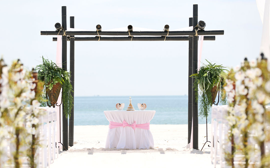 Plan Your Dream Beach Wedding in Orange Beach, Alabama