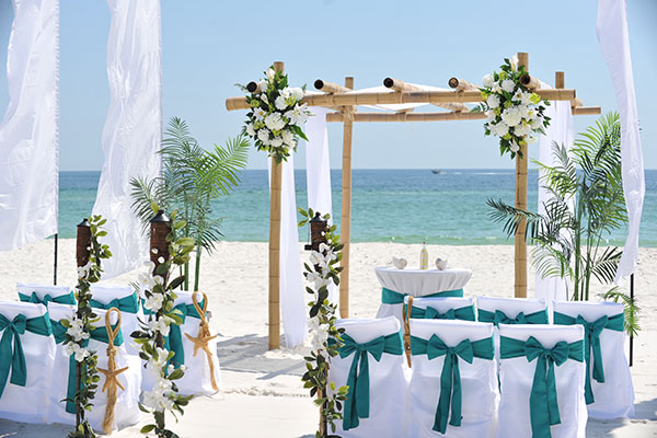 Beach Wedding Ceremony: Beach Vow Renewal Ceremony
